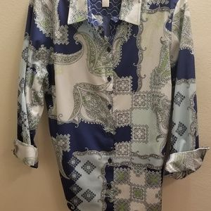 Vibrant Chicos shirt in size 2